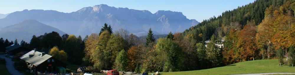 Bergurlaub mit Hunden. Ferienwohnung mit separatem Eingang. Ruhe in Berchtesgaden-Oberau.